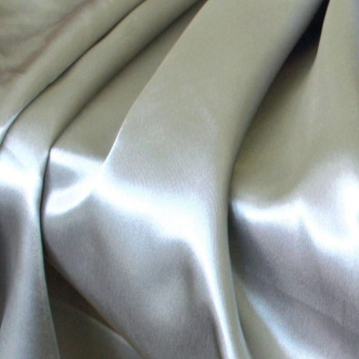 Glanz Satin in Silber